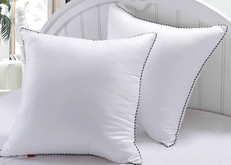China Newly Designed Exquisite Hotel Collection Pillows Decorativing Stuffing White Color supplier