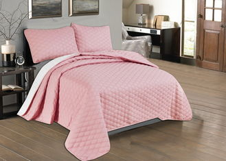 China Beautiful Pink Quilted Coverlet Custom Made Bedspreads Full Size Bedspread supplier